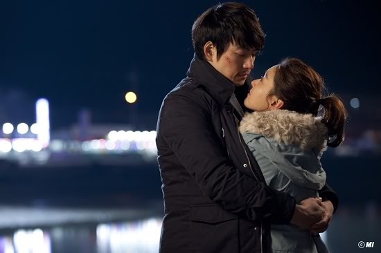 One of the best Kdramas with one of the best kdrama heros. The chameleon Song il Guk-KIMCHI FAMILY