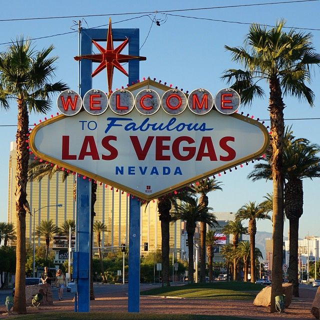 Thank you for this time Vegas, we meet again ✌️️ #lasvegas #lasvegassign #fun #sun #summer #travel #nevada