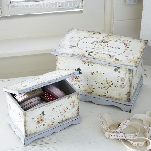 Set Of 2 Wooden Jewellery Boxes-Chouette Fleur - love the paint scheme here, i have some little boxes to finish and this is great inspiration - #Boxes #ShabbyChic #JewelryBoxes #Crafts - pb†å