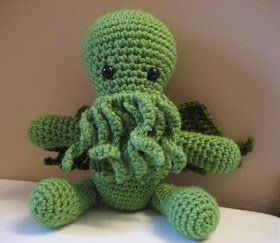 Cthulhu Crochet and Cousins: Cuddly Cthulhu with Free Pattern! A follower on my craft page sent me this link, she'd knitted hers and knew I can't knit so found a crochet Cthulhu pattern for me. Almost finished him, uses US crochet terms. :)