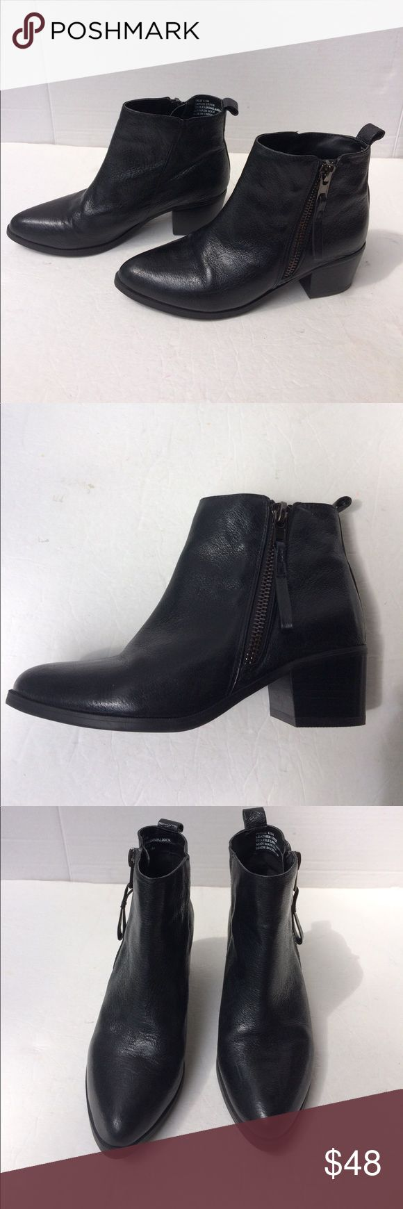 "Steve Madden Women's Peele Leather Ankle Boots This is a new pair of Steve Madden leather side zip ankle boots. The have textile lining and man made soles with a 2"" Cuban heel and pull tab. Total height is 6"". New without box. 6.5M Steve Madden Shoes Ankle Boots & Booties"