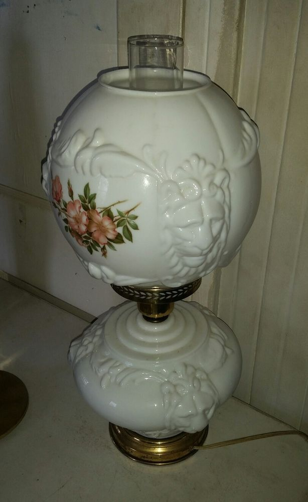 Vtg 1960 S Milk Glass Gwtw Gone With The Wind Lamp With Shade Lion Heads Flowers Milk Glass Let Your Light Shine Gone With The Wind