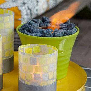 Fire pot!! Super easy to make and way cute. This is exactly what I need, as living in an upstairs apartment with only a back deck isn't conducive to a fire pit!