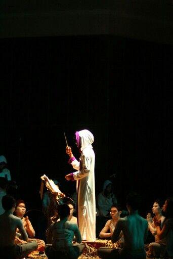 #kovajiva #black #performance #art when i feel like fish #music