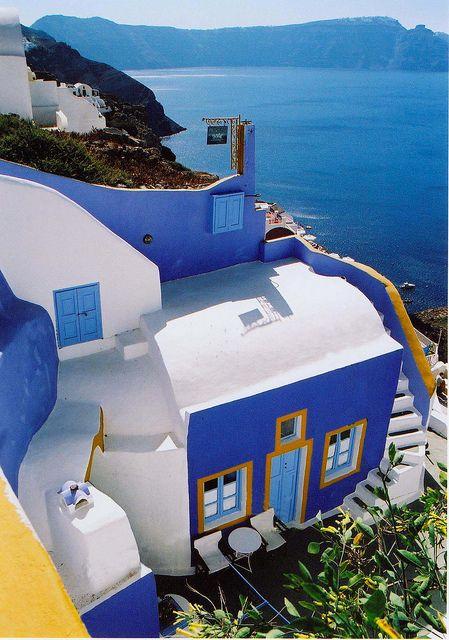 Sou suspeita para falar dessas cores: Azul, Amarelo e Branco. Pois Amo!!  (Foto: Santorini, Grécia por S Cansfield em Flickr)