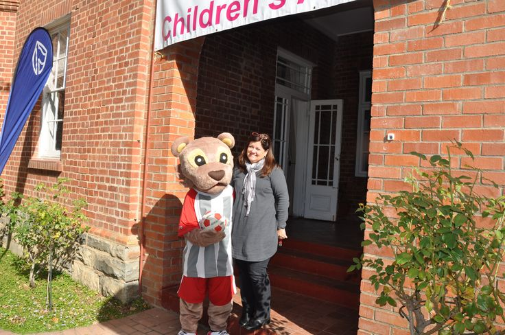 Lenny visits the Children's Art Festival (CAF) 2014 for his official welcome to CAF held at St. Andrews Pre Primary - Grahamstown, South Africa