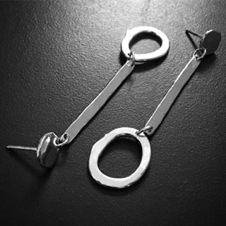 #earrings from the #abstract #collection2018 part of a #limitededition #capsule #range #inspiredbynature #sallyherbert #organic #meettheartist #meetthemaker #handmadejewelry #conceptualart #contemporarydesign #primitive #contemporaryjewellery #parnellmarkets #silverjewellery