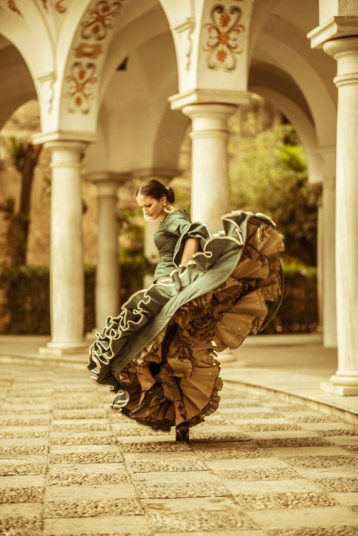 Flamenco muy fuerte                                                                                                                                                                                 Más