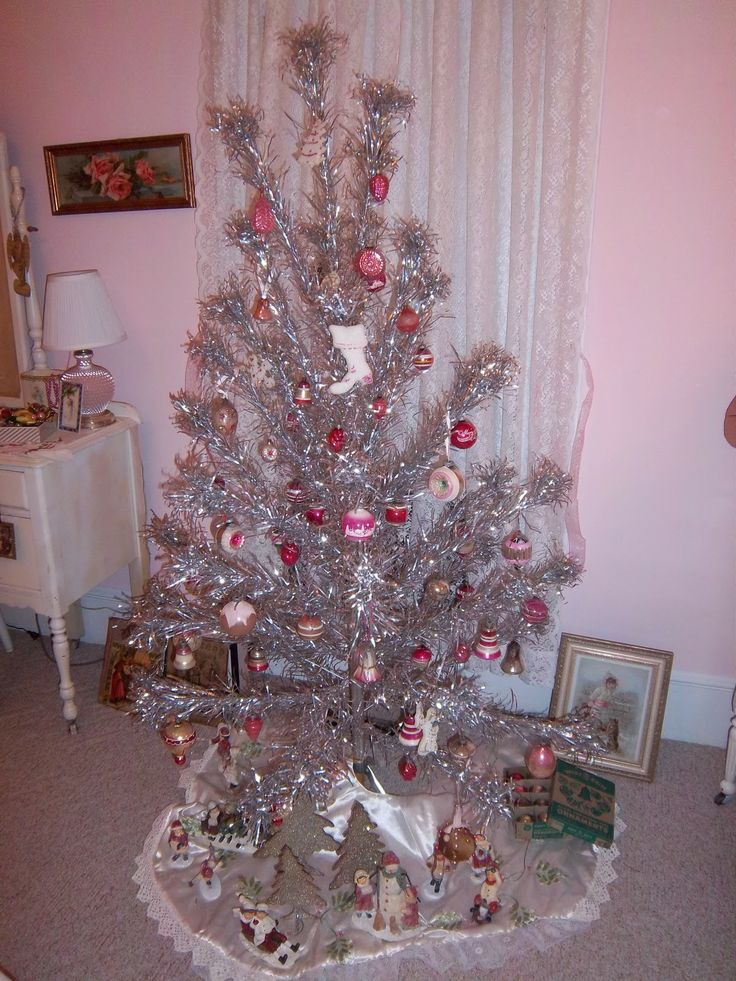 130 Best Aluminum Christmas Trees Images On Pinterest
