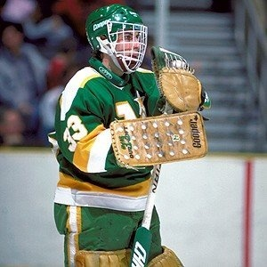 Goalie Don Beaupre in his stance | Minnesota North Stars | NHL | Hockey