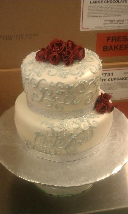 25th wedding anniversary cake...silver of course