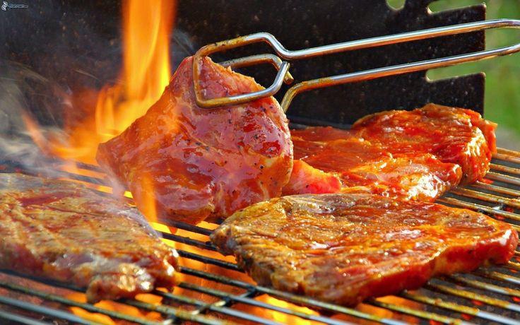 Buenas tardess gente linda! se les antoja unas carnes asadas? Hoy es sábado y es reunión de amigos!! Bonito sábado.