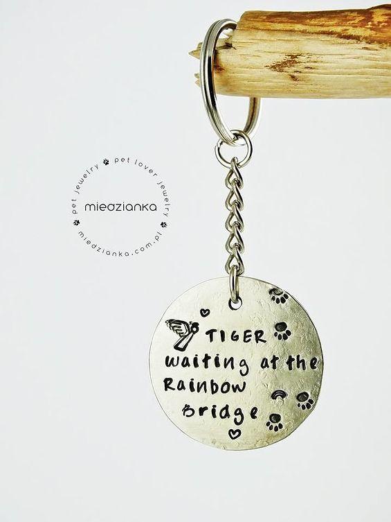 Pet Memorial Jewelry - Rainbow Bridge Keychain