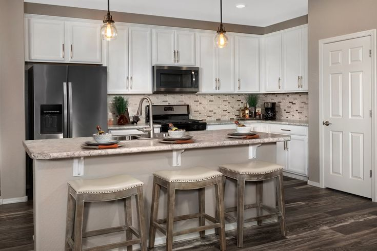 New Homes in San Tan Valley, AZ - The Enclaves at The Parks Plan 1849 Kitchen