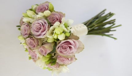 Wedding Bouquets - definitive guide to choosing Bridal Bouquets and Flowers