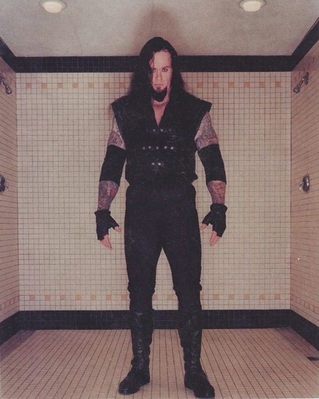 The Undertaker (1998) All time favorite wrestler in the business. Hands down.
