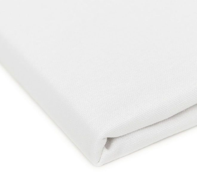 """Hoydu Veronica Tablecloth White.  These solid colour cotton table linens have been designed for both classic and contemporary living, and are the smart choice for casual or formal, indoor or outdoor dining.  Available in: 180cm (71"""") Round - 6 to 8 ppl. 180x180cm (71"""" x 71"""") Square - 6 to 8 ppl. 180x220cm (71"""" x 87"""") Oblong - 6 to 8 ppl. 180x260cm (71"""" x 103"""") Oblong - 8 to 10 ppl. 180x310cm (71"""" x 123"""") Oblong - 10 to 12 ppl. 180x400cm (71"""" x 157"""") Oblong - 12+ ppl."""