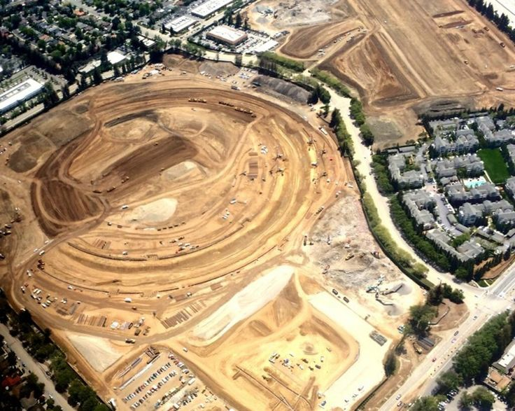 Apple MotherShip Campus II site area (in Cupertino, CA) already cleared for landing (construction ; )!! 2014-04-30 aerial shots of land taking shape! ; ) • hope: finish 2016