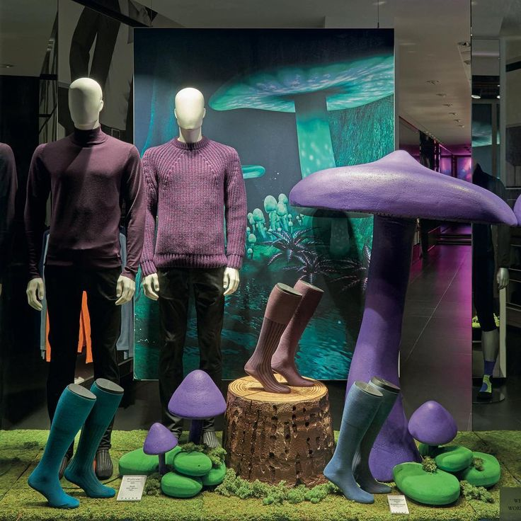 Mushrooms , Store: FALKE, Berlin #mushrooms #autumn #falke #socks #visualmerchandising #visualdesign #formfactory #windowdisplay