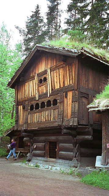 17 best images about land of the vikings on pinterest for Norway wooden houses