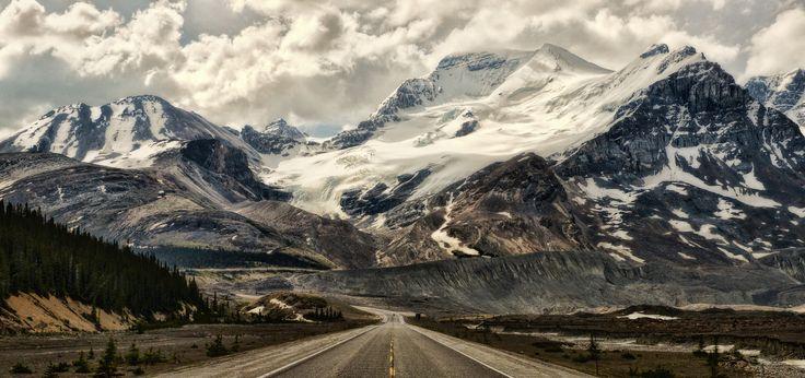 """Alberta Road Show"" by Jeff Clow (https://500px.com/photo/87865935/alberta-road-show-by-jeff-clow)"