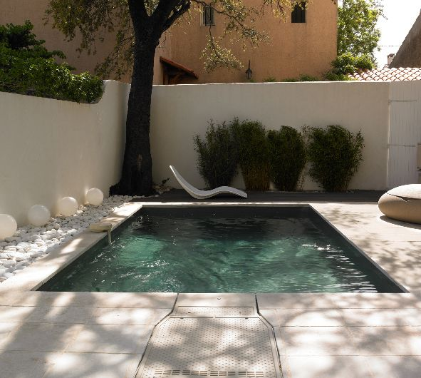 Les 25 meilleures id es de la cat gorie petite piscine sur pinterest cheap landscaping ideas for Piscine goncourt