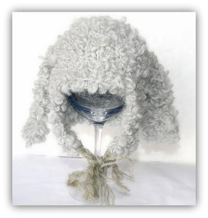 Babylue i alpakkaull ca 0-3 måneder fra The knitting needle.