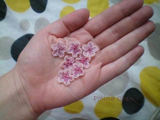 Flower on one thread | biser.info - all about beads and beaded works-tutorial