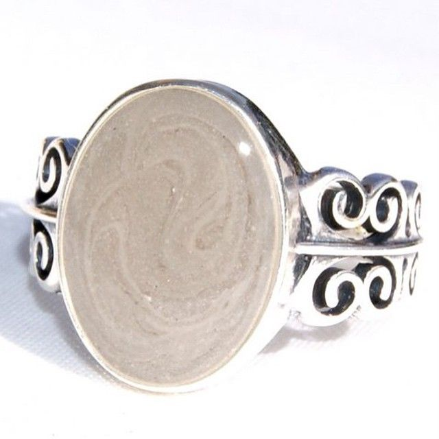 Filigree Band Ring with 14x10mm Setting for Your Loved One's Ashes. Cremation Jewelry by close by me #closebyme #closebymejewelry #cremation #cremationurn #cremationring #cremationjewelry #ashes #ashesring #ashesremain #ashesjewelry #alwayswithme #ashesjewelry