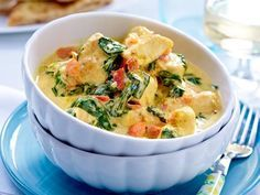 Low Carb – Hähnchen Kokos Curry mit Spinat