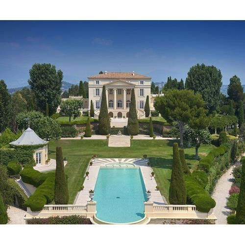 Grace Kelly's Castle of la Croix des Gardes, featured in To Catch A Thief, is back on the market for the first time in 56 years.