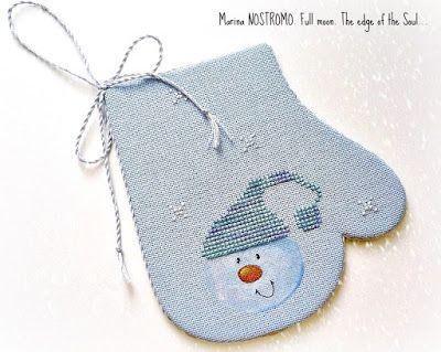 Фростик - не снеговик. Он - льдинка, и нос у него - леденец. Ночью Фростик затягивает тоненьким льдом лужицы, а днём прячется в снежных суг...