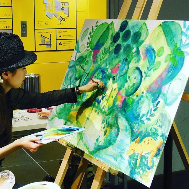 【momochokkiri】さんのInstagramをピンしています。 《【即興絵】 限られた時間で、テーマ無しで描いていくのも ひとつの楽しみ^_^ #寝とる  #illustration  #design  #デザイン #絵  #art  #drawing #painter #painting #acrylic #canvas #絵画 #interior #abstract #抽象画 #風景画 #livepainting #イラスト #japanart #ライブペイント #森》