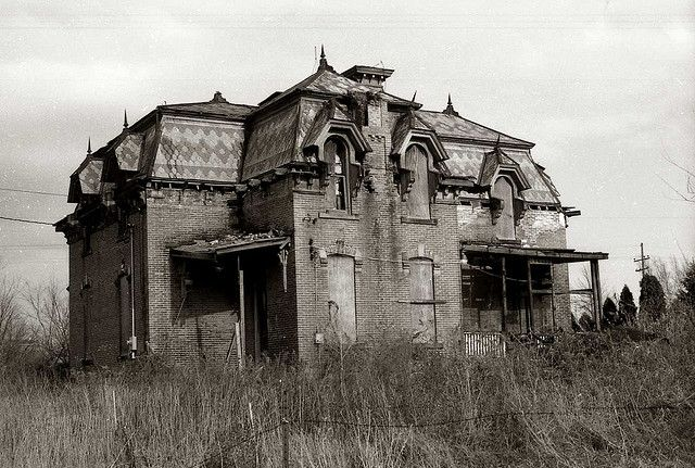 """Second Empire in Ohio, This is the same house as the one Doug West photographed. It was outside of Fremont, Ohio, had been used as a """"Haunted house"""" and burned sometime in the mid nineties."""