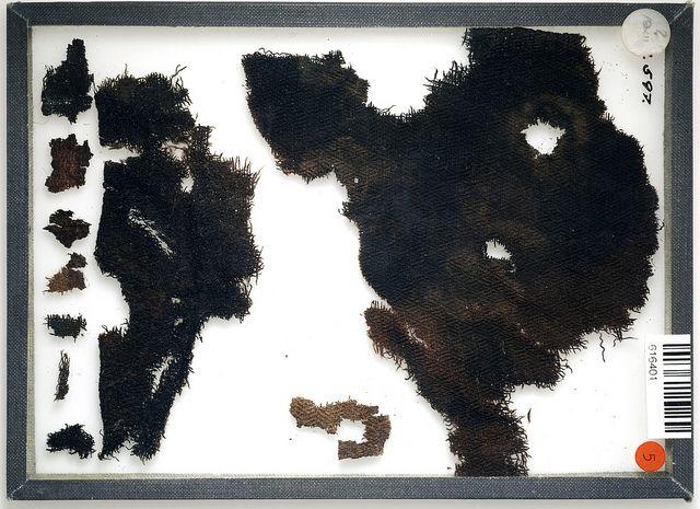 textile fragments (wool? diamond twill) from a grave find in Björkö, Sweden (Historiska museet, Sweden)
