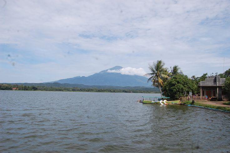 Setu Sedong Pemandangan Alam nan Eksotis di Cirebon - Jawa Barat