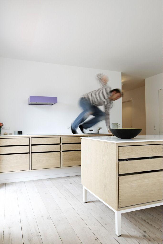 Snedkerk kkener af lundgaard og tranberg garde hvals e for Kitchen 6 yelahanka