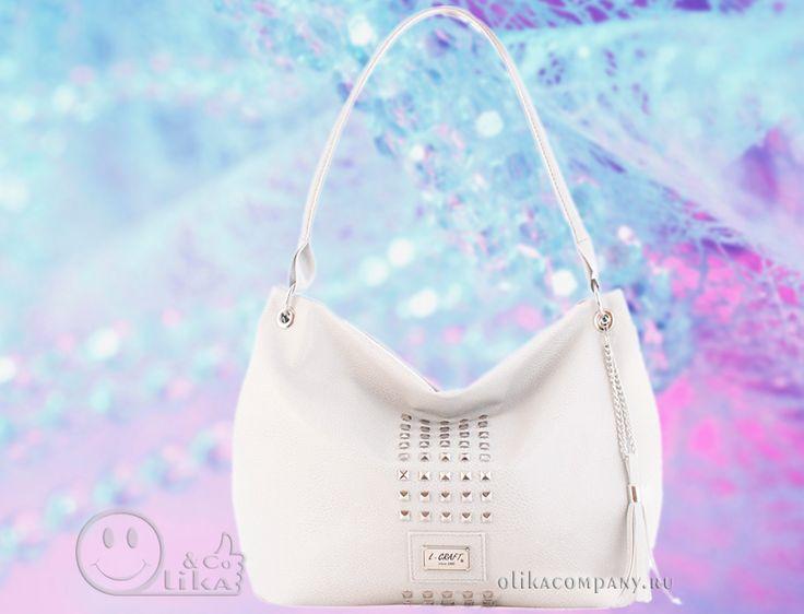 Женская сумка 1172-1 гладкая с шипами и кисточкой светло-серая, размеры 24*10*27 см 1700 руб #сумки #сумка #кисточка #женская #шипы