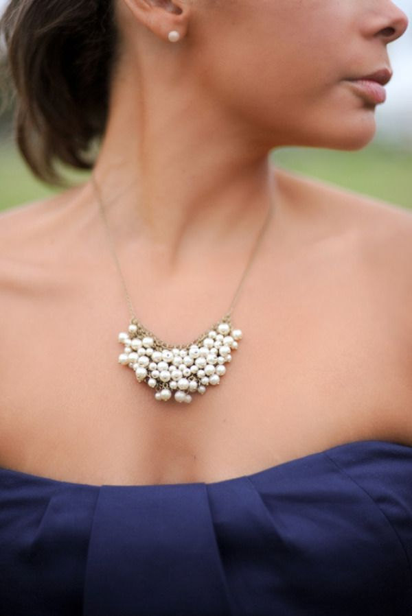 bridesmaids in necklaces by http://www.jcrew.com/index.jsp  Photography by http://shelbyleigh.com