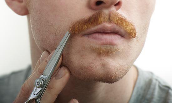 Comment bien tailler sa moustache - 8 étapes (illustrées)