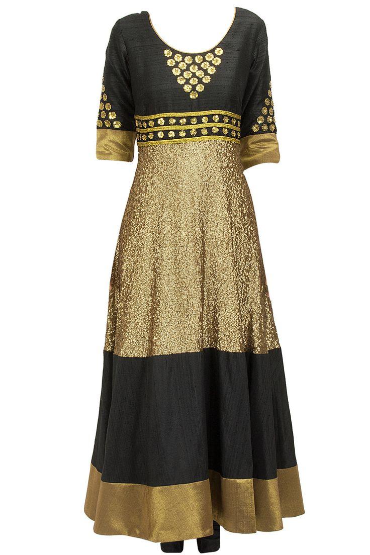 Black sequinned anarkali set BY PRIYAL PRAKASH at perniaspopupshop.com #perniaspopupshop #clothes #womensfashion #love #indiandesigner #sailex #happyshopping #sexy #chic #fabulous #PerniasPopUpShop #ethnic #indian