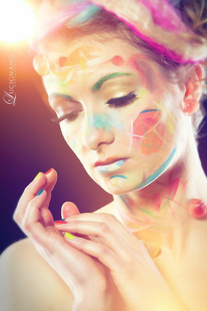 Kreatives farbenfrohes Make Up