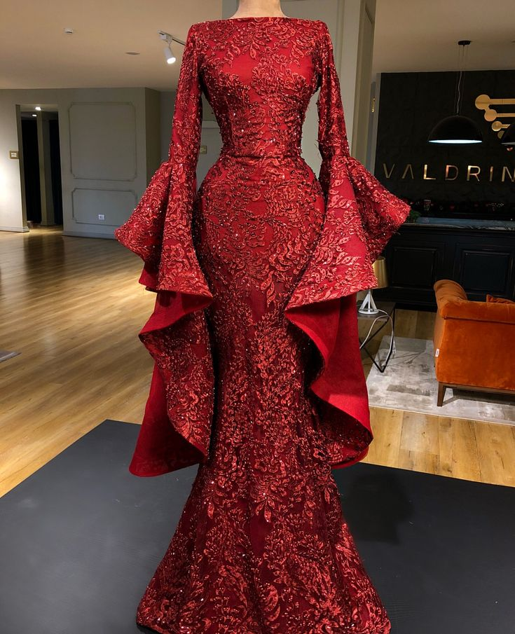 274 best robes wax longue et moderne images on pinterest african clothes african fashion and. Black Bedroom Furniture Sets. Home Design Ideas