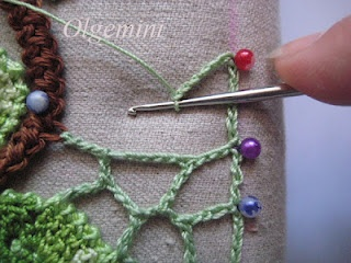 Irish crochet motifs - how to attach them