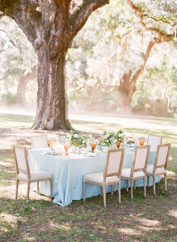 Boone Hall in Charleston, SC provides the dreamiest backdrop for this Southern Spring wedding inspiration!