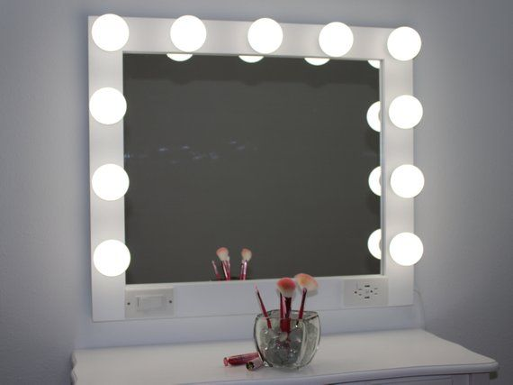 Best White 32 X 28 Hollywood Style Lighted Vanity Makeup 640 x 480