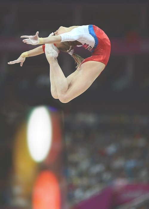Viktoria Komova (sarah-finnegan)