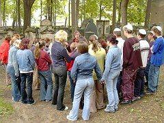 유태인 묘지, 드레스덴, 노이슈타트, 리더십, Yarmulke, 유태인