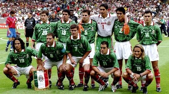 Seleccion Mexicana en el mundial Francia '98 This is who I learned to cheer!