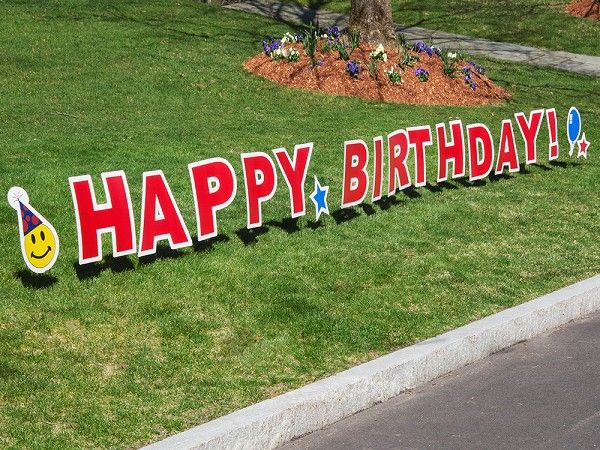 My Yard Card's Happy Birthday Lawn Sign, discovered by The Grommet, is like a jumbo greeting card on your lawn. The perfect way to make a grand statement.